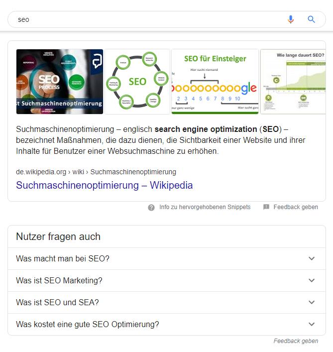 Dank FAQPage-Auszeichnung erscheinen Fragen im Google-Snippet.