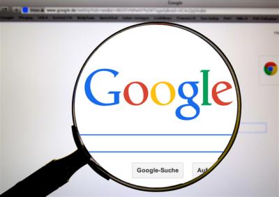 Beanspruchen Sie bei Google den Zugriff auf das Knowledge Panel zu Ihrem Unternehmen.